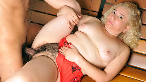 Hirsute latin chick Gets Pounded